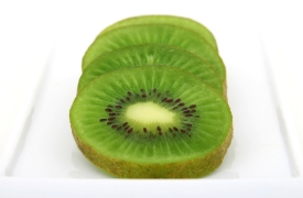 fresh-green-tropical-kiwi-fruit-1632351-639x420
